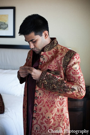 indian weddings,indian groom,indian wedding clothes,indian groom sherwani,indian groom fashion,indian groom clothing,indian wedding fashions,indian wedding photography