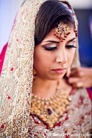 pakistani bride jewelry,pakistani wedding jewelry,pakistani bridal jewelry,Cliff Brunk Photography