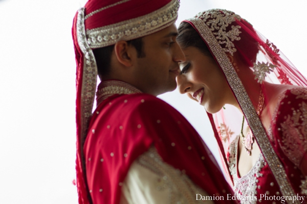 red,indian wedding bride and groom,bride and groom portraits,Damion Edwards Photography,couple portraits,indian bride and groom couple