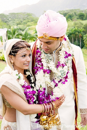 Indian wedding bride groom ceremony in Kailua, Hawaii Indian Wedding by Derek Wong Photography