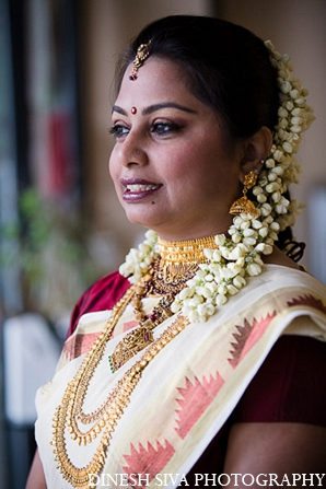 Indian wedding hindu bridal outfit in Morganville, New Jersey Indian Wedding by Dinesh Siva Photography