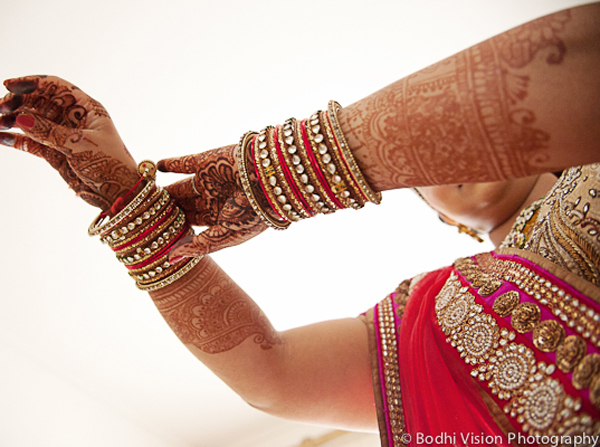 Indian wedding bride cream red bangles