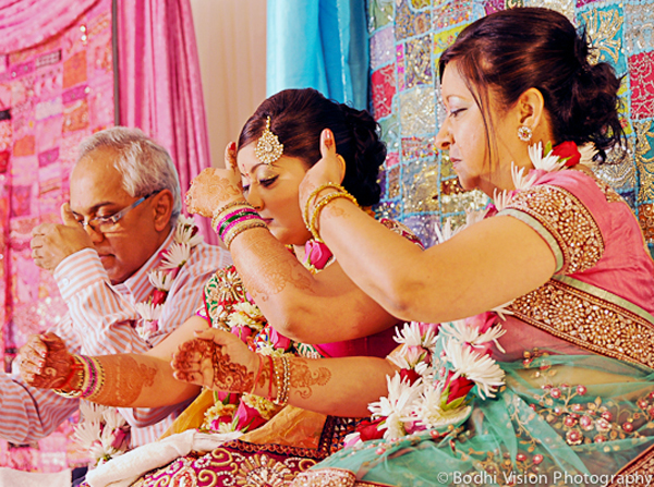 Indian wedding bride family tradition