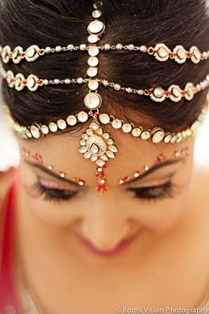 Indian wedding bride jewelry hair