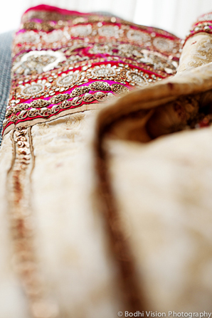 Indian wedding fashion red gold