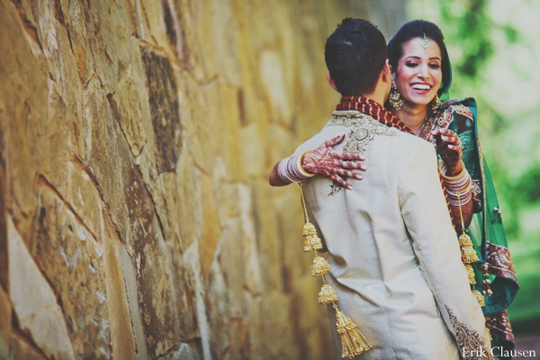 indian weddings,indian wedding portraits,indian wedding couple,outdoor indian wedding portraits,indian bride,indian wedding inspiration