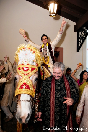 Indian-wedding-baraat-groom-entrance