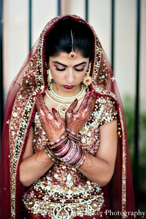 Indian-wedding-bride-portrait-traditional