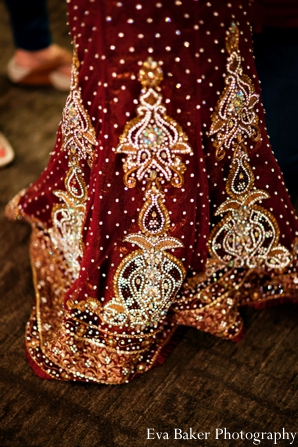Indian-wedding-bride-traditional-dress
