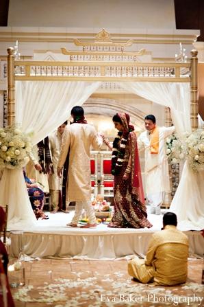 Indian-wedding-ceremony-mandap-bride-groom