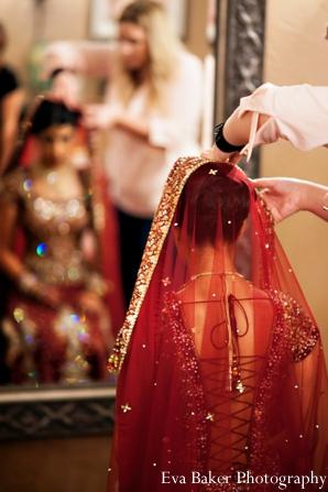 Indian-wedding-getting-ready-bride-lengha-mirror