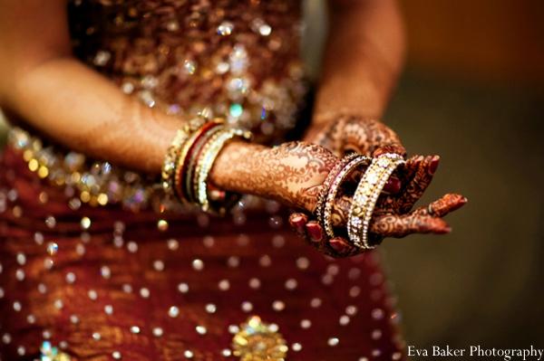Indian-wedding-getting-ready-bride-mehndi-bangles