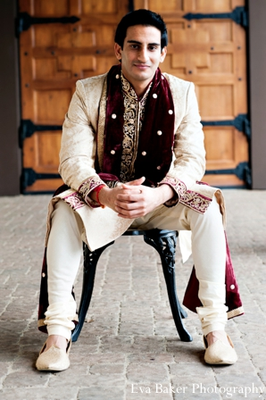 Indian-wedding-groom-portrait-venue