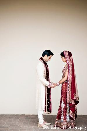 Indian-wedding-portrait-bride-groom-profile