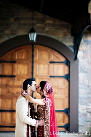Indian-wedding-portrait-bride-groom-venue-embrace