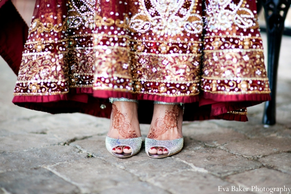 Indian-wedding-portrait-bride-shoes-detail