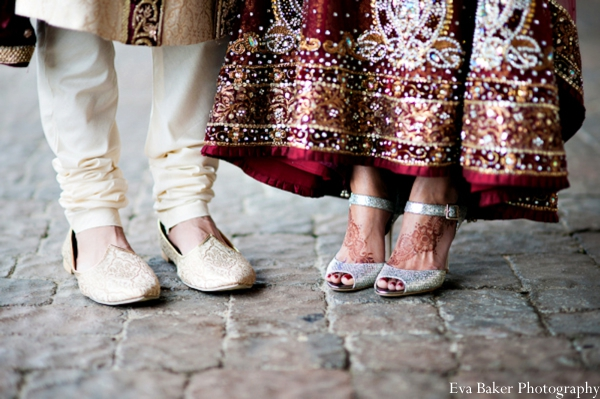 Indian-wedding-portrait-groom-bride-detail-shoes