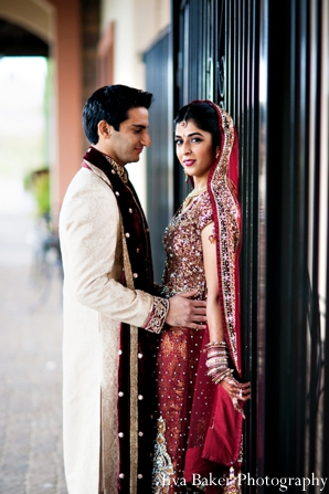 Indian-wedding-portrait-groom-bride-ideas