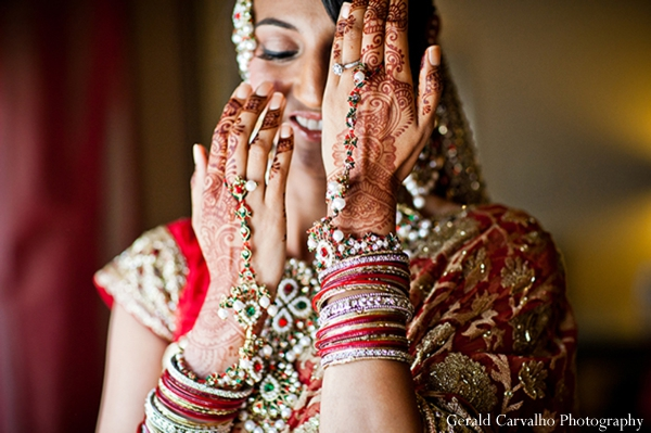 gold indian wedding jewelry,mehndi artists,indian wedding jewelry,indian bride,indian wedding lengha,indian wedding henna,indian wedding portrait,indian wedding dress,indian wedding inspiration,gerald carvalho photography,traditional indian wedding dress