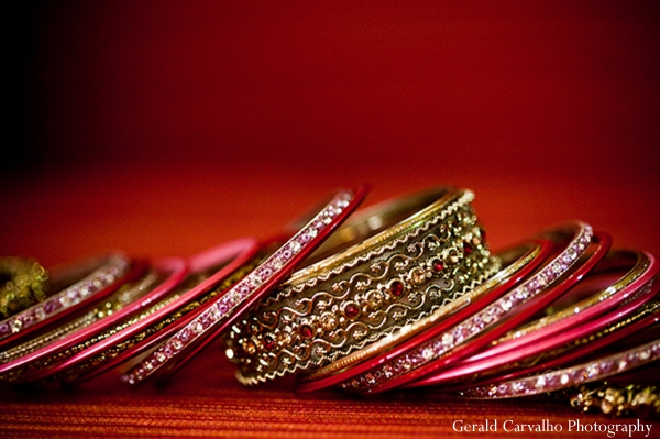red,gold indian wedding jewelry,indian bridal jewelry,indian wedding jewelry,indian wedding bangles,gerald carvalho photography