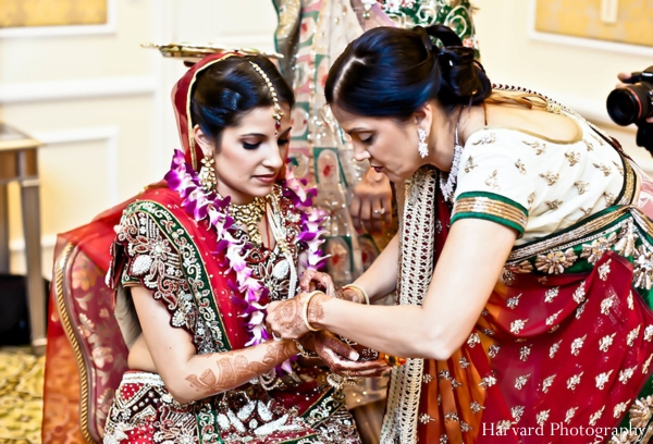Indian wedding bride jewelry traditional
