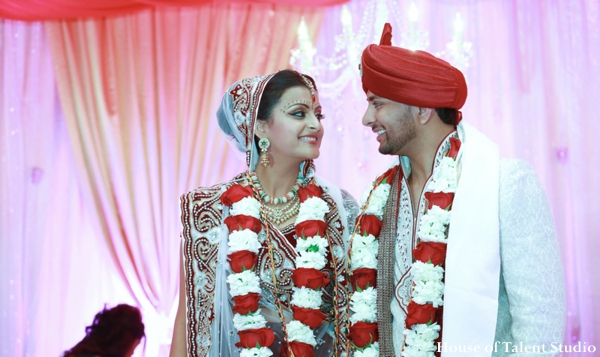 indian wedding bride groom lengha jai mala