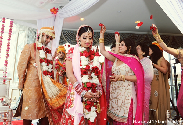 Indian-wedding-bride-ceremony-ritual