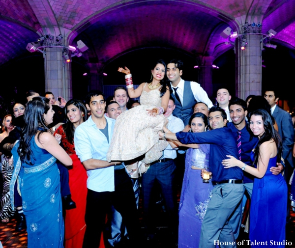 Indian-wedding-bride-dress-reception