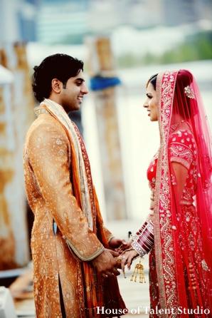 Indian-wedding-bride-groom-couple-portrait