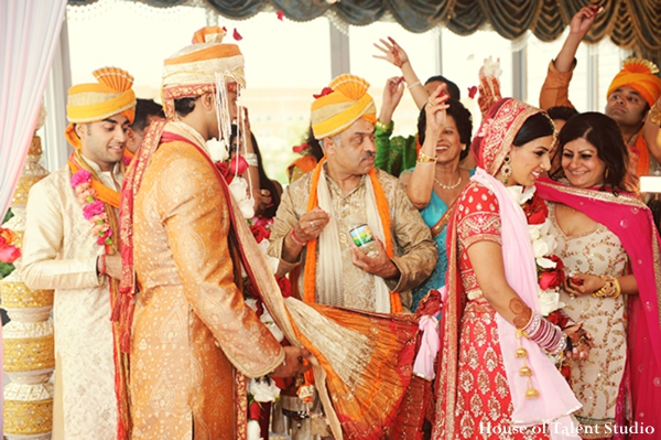 Indian-wedding-bride-groom-traditional-ceremony