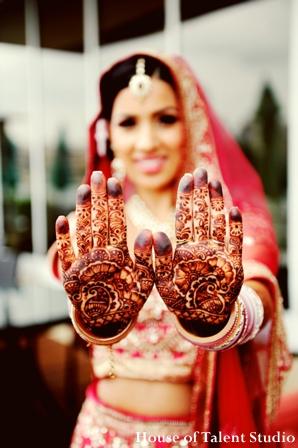 Indian-wedding-ceremony-bridal-henna-lengha