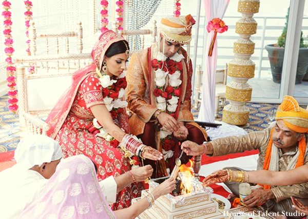 Indian-wedding-ceremony-fire-ritual-bride-groom