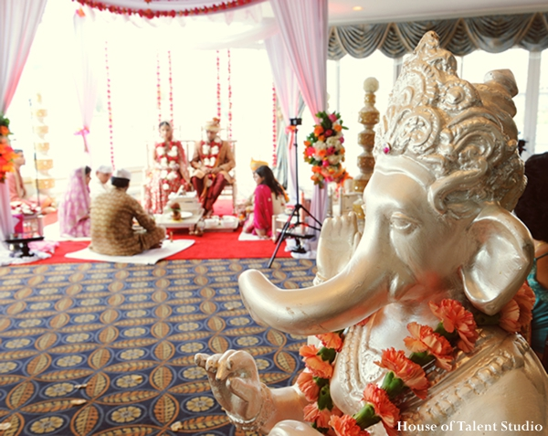 Indian-wedding-ceremony-ganesha-statue