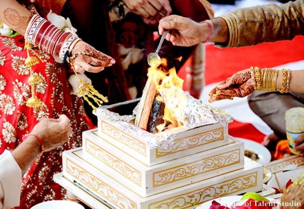 Indian-wedding-cermony-fire-ritual
