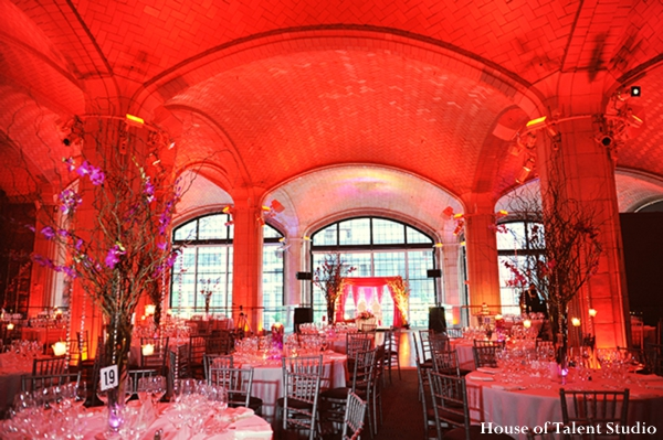 Indian-wedding-reception-red-lighting-inspration-ideas