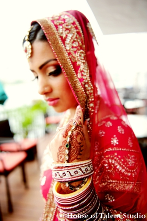 Indian-wedding-red-gold-bangles-portrait