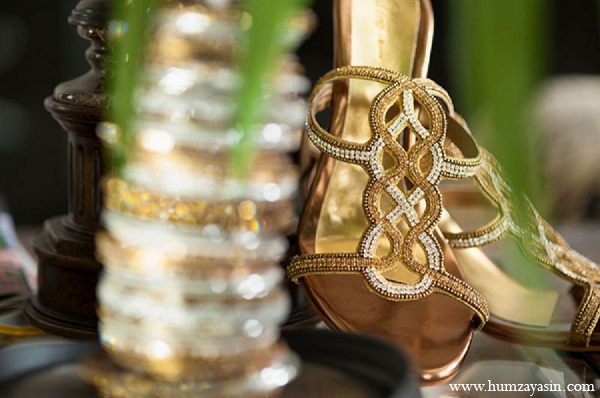 gold indian wedding jewelry,indian bridal jewelry,indian wedding shoes,indian bridal accessories,indian wedding wear,indian bridal fashions,indian wedding fashions,indian weddings