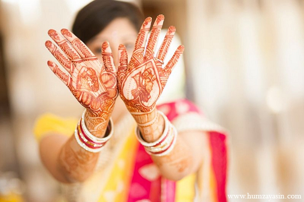 Indian wedding pithi outfit bridal mehndi in Temple, Texas Indian Wedding by Humza Yasin Photography