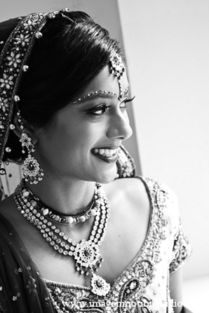 indian bridal fashions,indian bridal jewelry,indian bridal hair and makeup,indian wedding jewelry,bridal indian jewelry,indian wedding jewelry sets,indian weddings