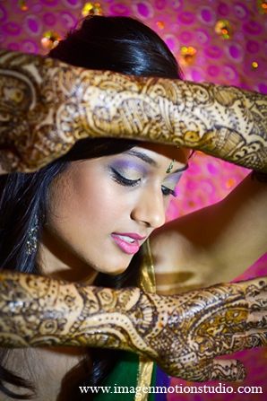 Indian wedding mehndi bride photography in Houston, Texas Indian Wedding by Image N Motion Studio