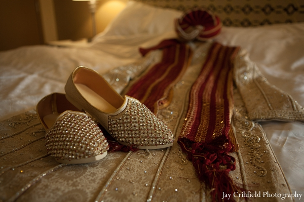 Indian wedding groom traditional dress in Chicago, Illinois Indian Wedding by Jay Crihfield Photography