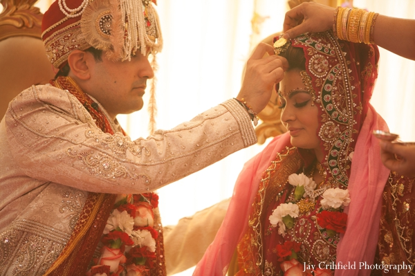 Indian wedding ceremony traditional customs in Chicago, Illinois Indian Wedding by Jay Crihfield Photography