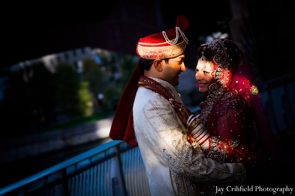 indian weddings,indian wedding portraits,indian bride,indian wedding couple,traditional indian wedding,traditional indian bride
