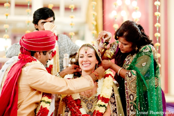 Indian wedding traditional ceremony in Chicago, Illinois Indian Fusion Wedding by Jen Lynne Photography
