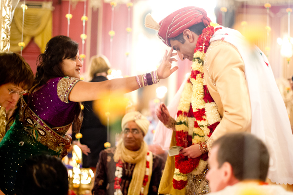 Indian wedding traditional customs in Chicago, Illinois Indian Fusion Wedding by Jen Lynne Photography