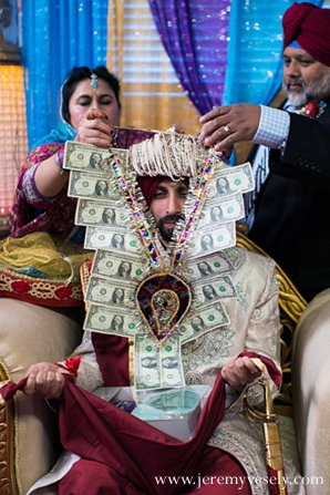 Indian wedding groom ceremony money in Sacramento, CA Indian Wedding by Jeremy Vesely Photography