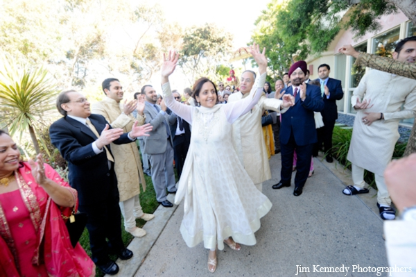 Indian-wedding-baraat-celebration