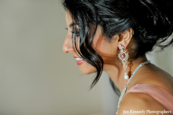 Indian-wedding-bridal-portrait-for-reception