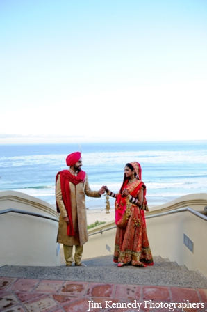 Indian-wedding-bride-groom-beach-portrait