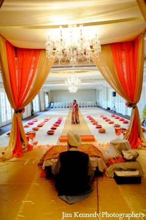 Indian-wedding-ceremony-mandap-indoors-dim-lighting